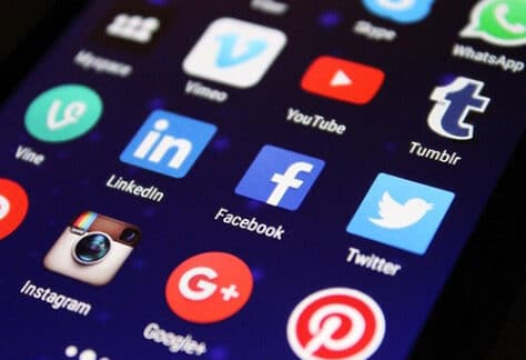 Prospecter via réseaux sociaux